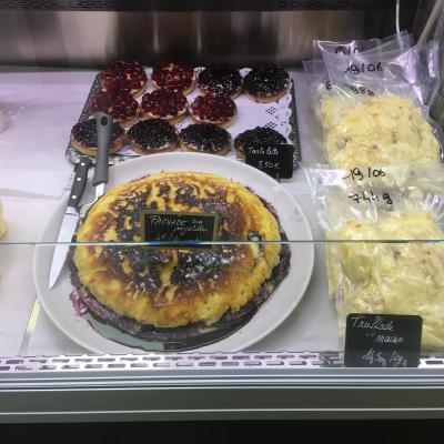 4 desserts et truffade sous vide